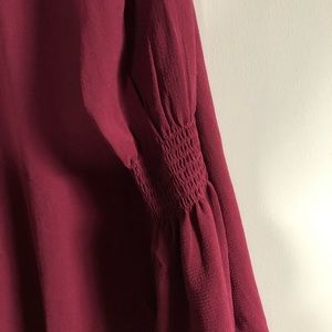 Isabel maternity blouse. Wine color. EUC Size XS